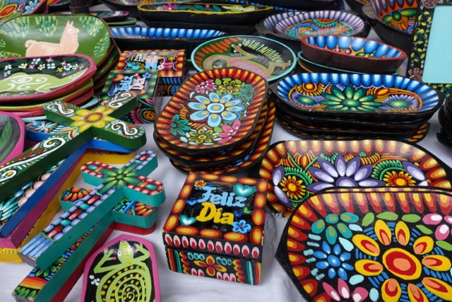 6 beautiful places to visit in the ecuadorian andes for Arts and crafts industry